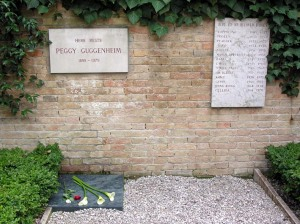 Peggy Guggenheim's grave [photo credit: Wikipedia Commons, http://en.wikipedia.org/wiki/Peggy_Guggenheim#mediaviewer/File:Pguggenheimgrave.jpg]