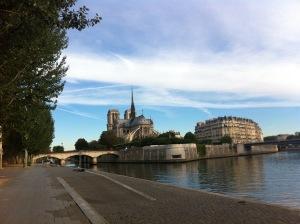 Sunrise along the Seine