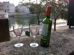 Paris even has classier litter...