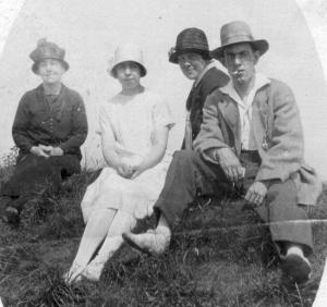 1937 tate group with maude