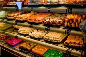 Grand Sweets and Snacks, Tiruppur, India [Image credit: click-in] http://tiruppur.click.in/grand-sweets-now-at-tirupur-c151-v9034725
